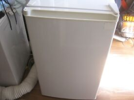 very nice fridge 35 quick sale cost 85 going quick can deliver
