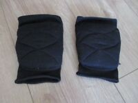 DANCE KNEE PADS - worn for street dance - size small