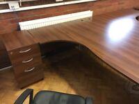 office furniture 1.8 meter walnut desks with pedstals