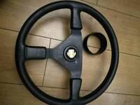 Momo steering wheel c/w hub