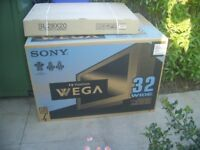 Sony 32 inch flat screen CRT big back new old stock TV