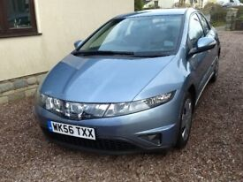 Honda Civic. . Main dealer serviced. Last serviced 12/2017. MOT Dec'18. Very Good condition.