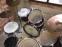 yamaha stage custom drum kit with drum bags and JIMMY CHAMBERLIN SIGNATURE SNARE.