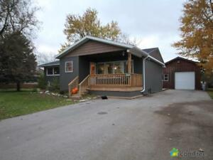 $439,900 - Bungalow for sale in Gads Hill