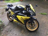 Yamaha YZF R125 Black & Yellow Livery