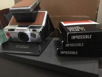 Polaroid SX - 70 Land Camera with 3 packs of film