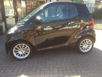 SMART FORTWO 0.8 diesel. 2010. FREE ROAD TAX. Sat nav. Panoramic roof