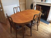 Dining room table and chairs FOR FREE