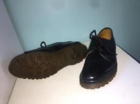 Dr martens the original shoes black leather