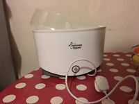 Tommy Tippee Steriliser and Manual Breast Pump
