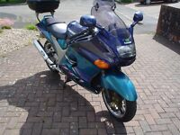 Genuine Extremely Low Mileage ZZR1100 1 Year Mot