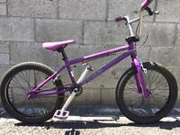 Mongoose Program 20 BMX