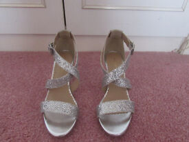 Dune Head over Heels Silver Evening shoes Size 39 (6) Hardly worn