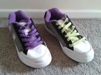 MENS 'ANIMAL' TRAINERS, SIZE 5, VGC