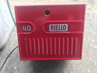 Riello 40 G3 Oil Fired Burner in EXCELLENT Condition.19-35Kw.Fully Overhauled.2 Yrs old.