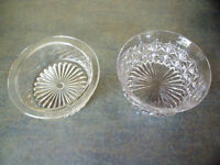 Vintage glass bowls x 2, different designs. £1.50 for both.