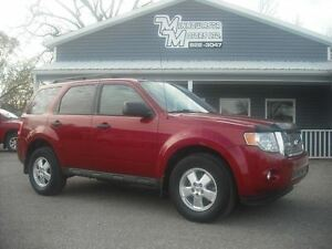 2011 Ford Escape XLT AWD GREAT VALUE!