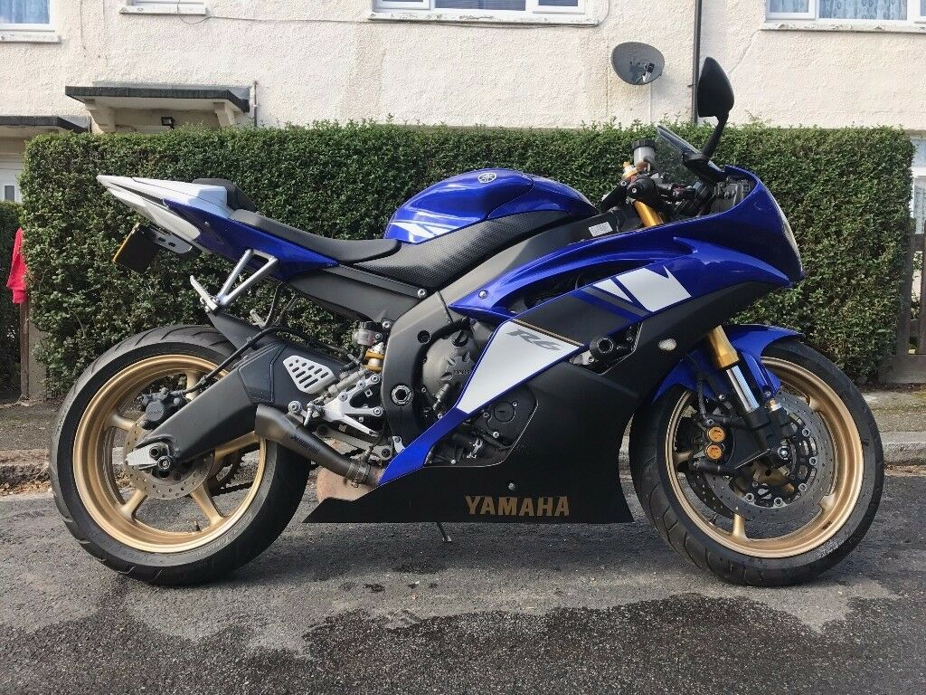 yamaha yzf r6 2008 blue and white 599cc excellent. Black Bedroom Furniture Sets. Home Design Ideas