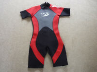Child's wet suit aged 12-13