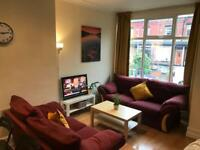 DOUBLE ROOM TO LET -BURLEY !!!