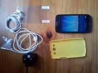 Samsung Galaxy S3 LTE (4G) Unlocked with extras !