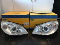 Mercedes-Benz B-Class Front Headlights