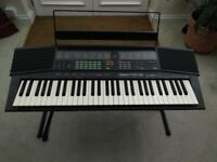 Yamaha PSR 38 Portable keyboard With stand