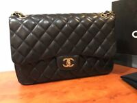Chanel Classic Flap Handbag - Jumbo Lambskin - Amazingly soft and buttery leather