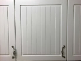 White Shaker style with tongue & groove centre panel (used)