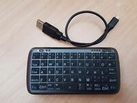 BLUETOOTH KEYBOARD/POWERBANK, BRAND NEW!