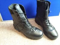 Magnum Army style boots