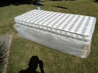 Brand new 3ft single bed and sprung mattress