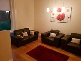One bed immaculate furnished flat