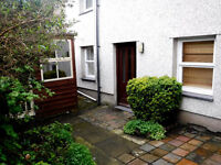 Two single rooms to let in lovely character filled house. Lots of space, great kitchen, good parking