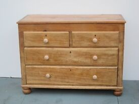 Traditional Solid Pine Chest of Drawers