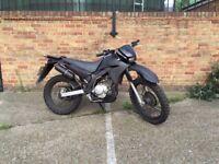 Yamaha XT125 motorbike 125