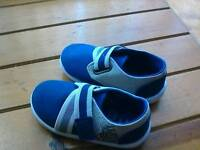Baby/ Boy shoes size 5 new