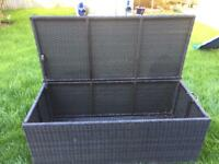 Rattan style storage container
