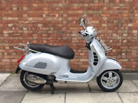 Piaggio Vespa GTS 300cc in silver, Immaculate Condition, Only 1381 Miles!