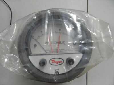 Dwyer Series 3000 Photohelic Pressure Switchgage Model 3010sgt