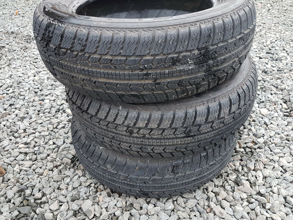 Winter Snow Tyres Kleber Krisalp HP 185 65 15 185/65/R15 Excellent 7mm + Tread