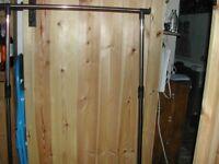 Lightweight metal clothes rail