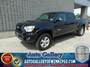 2015 Toyota Tacoma 4x4 *Low Kms!