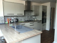 1 Double bedroom with EN-SUITE to rent in 8 bed house £110pppw - NO DSS