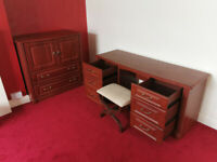 Sturdy Bedroom Furniture set (5 items)