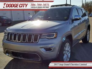 2017 Jeep Grand Cherokee Limited   4x4 - Heated Leather, Blindsp