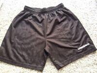 UMBRO brand new mens vintage shorts size Medium rare !