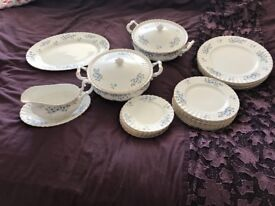 Richmond bone China blue rock dinner set