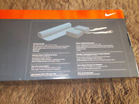 adult unisex NIKE yoga kit (RRP £39.99)brand new in box which is also as new - just reduced again