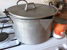Vintage aluminium preserving pan